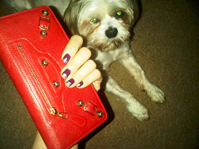 queens 20111116 00530 DIY: Glitter tip nails